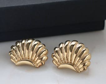 Gold Shell Clip On Earrings - Gold Tone Shell Earrings