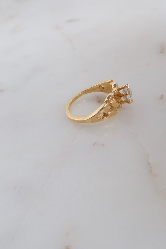 Vintage Solitaire Gold Ring - 7.25 ring - image 10
