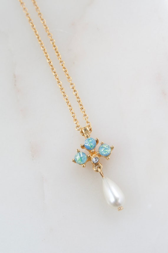 Vintage Avon Opal and Teardrop Pearl Necklace