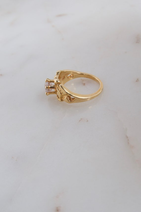 Vintage Solitaire Gold Ring - 7.25 ring - image 8