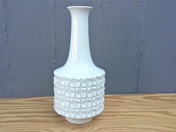 White Meissen Vase Vintage Ludwig Zepner 1975