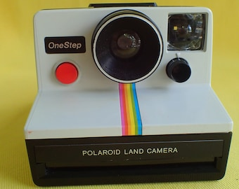 DISPLAY MODEL Polaroid One Step Classic Rainbow camera does not work but nifty display item!