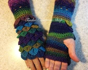 Dragon Scale Gloves \u2022 Fingerless Gloves \u2022 Phone Gloves \u2022 Crocodile Stitch Gloves \u2022 Crochet Gloves \u2022 Women/'s Gloves \u2022 Fantasy Larp Cosplay