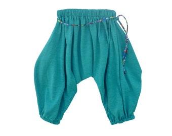 Türkis Haremshose für Kinder / / Größen von 0 bis 5 Jahren / / Baby, Kleinkind, Kind Hosen / / handgemachte Harem Hosen / / Funky Kinder Kleidung / Hippie Kinder Kleidung