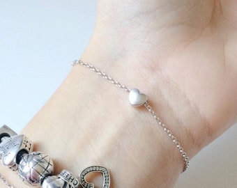 Bracelet with tiny heart