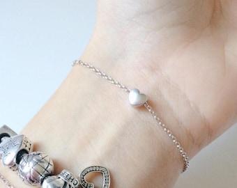 Bracelet with tiny heart