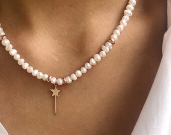 Choker necklace with freshwater pearls, washers and wand pendant in rose silver