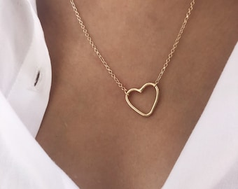 Necklace with golden rolo chain and full heart in 18k gold plated silver