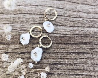 Mono mini hoop and bead earring with zircon