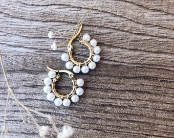 Hoop earrings in golden steel with pearl - small size