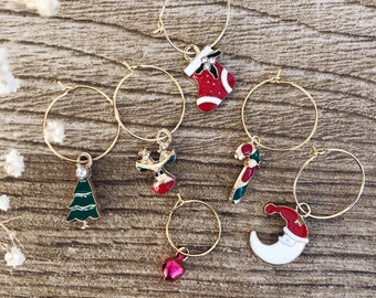 Hoop earrings in gold plated brass with Christmas pendants and red bell