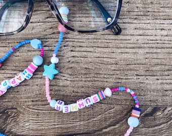 Chain for glasses with multicolor beads and letters to compose
