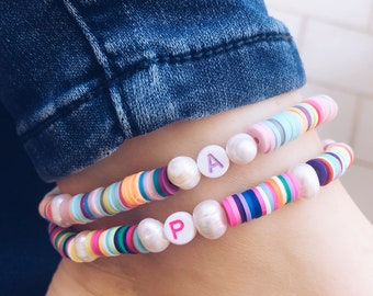 Anklets with washers in multicolor polymer clay and personalized initial