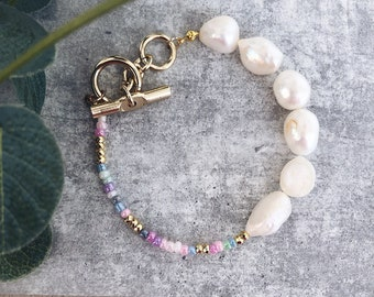 Bracelet with natural pearls, gold hematite and mini pastel beads