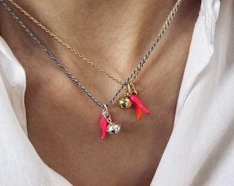 Necklace with 925 silver funetta chain, fluorescent horn and bell