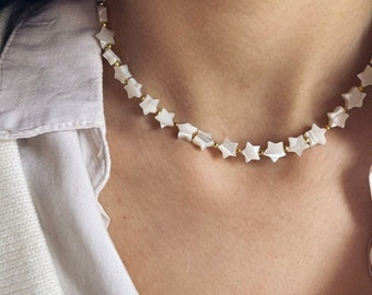 Necklace with mother of pearl heart