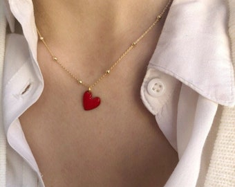 Necklace in gilded 925 silver with beads and enameled heart pendant