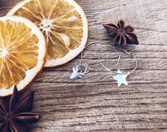 Winter Wonderland - Brass hoop earrings with deer and star in 925 silver