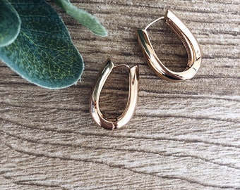 Earrings in rose gold-plated brass
