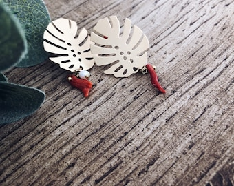 Brass monstera earrings with corals and river beads