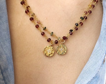 Necklace with rosary chain in 925 silver gold bath with tourmaline or garnet stones and coin pendant with star with zircons