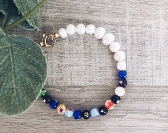 Bracelet with natural pearls and multicolor Murano stones