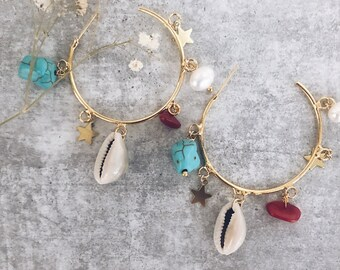 Gold-plated brass hoop earrings with turquoise, coral, little stars and shells