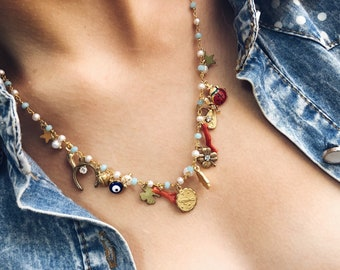 Multicharm necklace with rosary chain with vintage pendants, in brass, stones, zodiac pendant and initial