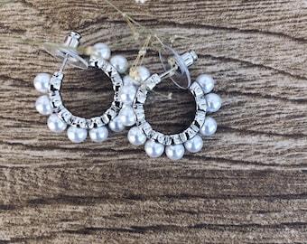 Silver-plated steel hoop earrings with Majorca beads