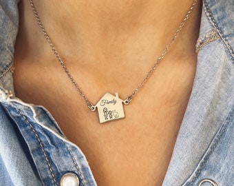 Necklace entirely in 925 silver with house and family to customize