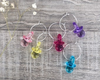 Single hoop earring in silver plated brass and colored pacifier