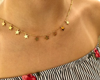 Necklace in golden steel with mini hanging stars
