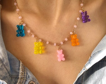 Necklace with rosary chain and gummy bear in various colors
