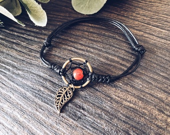 Bracelet with adjustable cord and dream catcher pendant