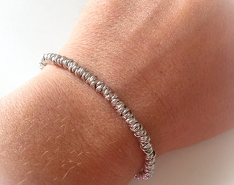 Bracelet with knot entirely of silver 925