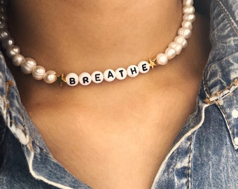 Customizable necklace with river pearls, letters, stars or hearts
