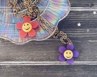 Necklace with golden steel chain and smile pendant