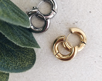 Earrings in silver-plated and gold-plated brass