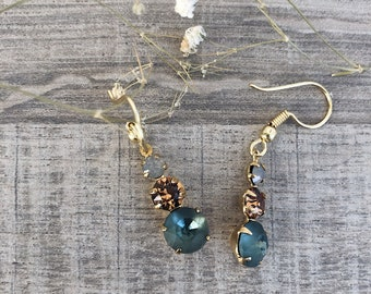 Gold-plated brass earrings with colored Swarovski crystals