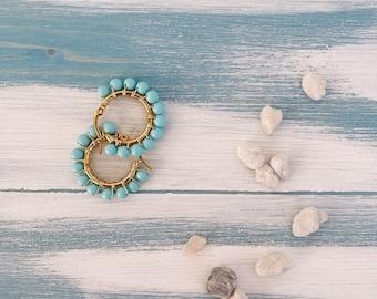 Hoop earrings in gilded steel and turquoise
