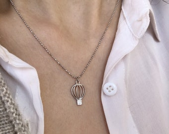Necklace entirely in 925 silver with hot air balloon with zircons