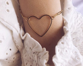 Bracelet with golden steel chain and maxi heart