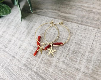 Earrings with a brass circle, coral branches and sea pendants