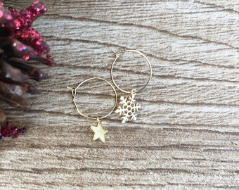 Christmas edition - Brass hoop earrings with snowflake and star pendants