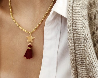 Necklace with brass chain, star pendant in gold-plated 925 silver and cotton tassel