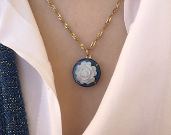 Necklace with steel chain and resin cameo pendant with rose