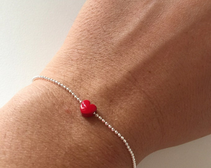 Featured listing image: Bracelet with silver chain and pendant with dots mini heart full red