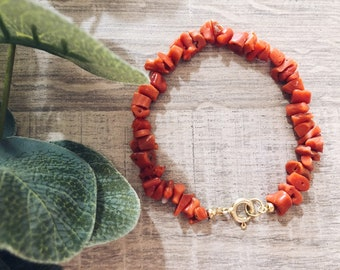 Bracelet with coral and scaramazza pearls