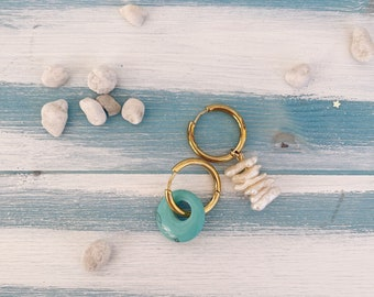 Hoop earrings in gilded steel with irregular river pearls and creole in turquoise or lapis