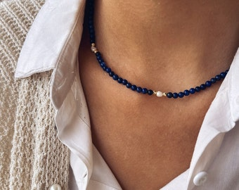 Necklace with lapis stones and river pearls